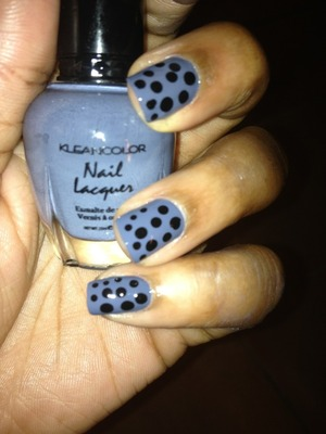 Cute and fun Black dots on a Gray Slate!! Check me out on www.youtube.com/dearnatural62