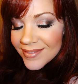For more information on this look, please visit: http://www.vanityandvodka.com/2013/12/urban-decay-naked-3.html  xoxo, Colleen