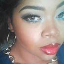 madarin lips cobalt eyes