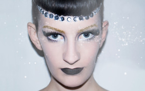 This is a pic from a shoot I did with the amazing photographer Hazel Coonagh for a new campaign by Samsung Ireland called Re:Create. Check out her blog with more pics here: http://hazelcoonagh.wordpress.com  Will be posting a tutorial on how I did this make up soon so keep an eye out for that also :)