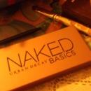 Just bought the naked basics pallette :D !!