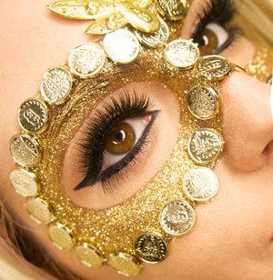 Gold glitter masquerade mask
