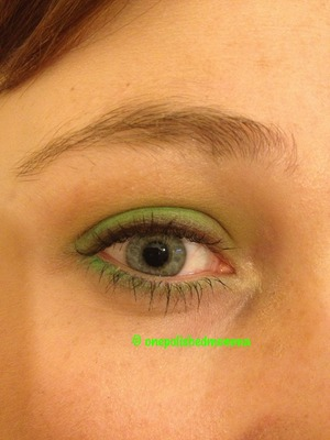 Just a subtle green gradient