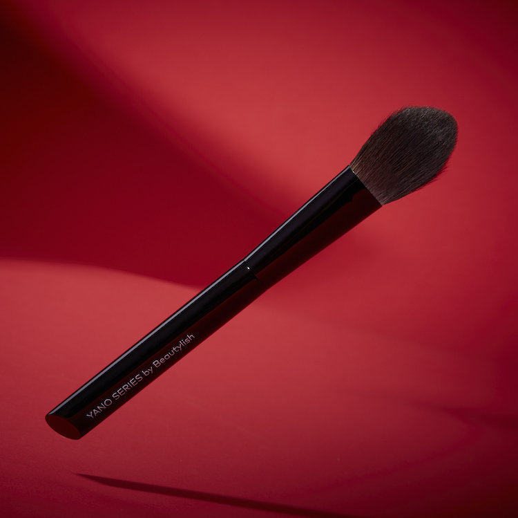 Alternate product image for Yano Series Brush 03 Highlight shown with the description.