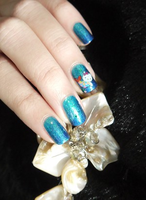 Ocean inspired nails with Hello Kitty mermaid water decal