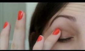 Makeup Tutorial:Soft Smokey Eye Using No Brushes
