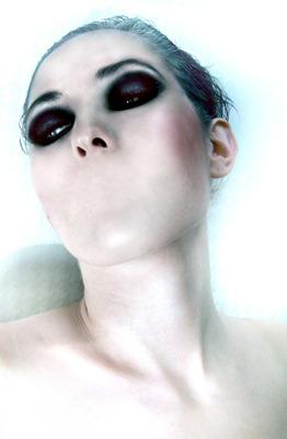 Makeup Insider R.