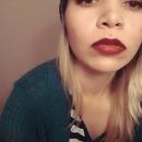 Red lip neutral eye