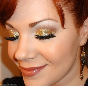 For more information on products used, please visit: http://www.vanityandvodka.com/2013/05/gold-glitter.html xoxo, Colleen