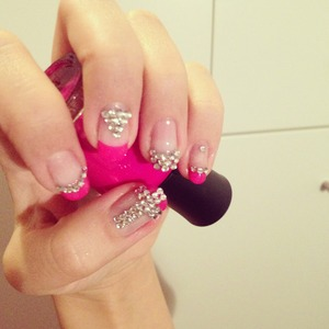 I put there pink polish abd after put there on some bling-stones