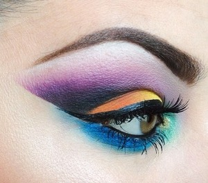 Follow me on Instagram @makeupmonsterkiki! Thanks for the love!