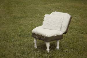 Vanity Chair Idea.