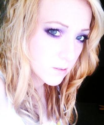 Lindsay G.