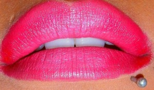 The Second MAC Lipstick I used was Toxic Tale from their Venomous Villanis Line.  http://smokincolour.blogspot.com/2012/09/lip-art.html