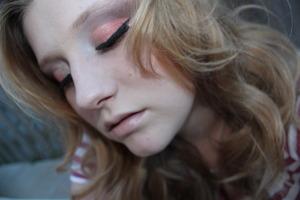 pink and brown semi- dramatic cut crease