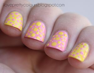 http://iloveprettycolours.blogspot.com/2012/09/day-three-yellow.html