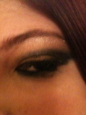 Close up of Pam cat eye via pixiwoo