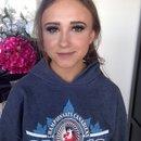 Client grad makeup