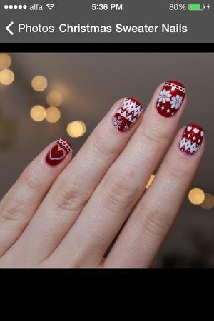 Holiday nails 😍