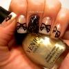 Venique : Bow Manicure