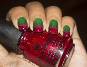 Red and green inspiration from Christmas Poinsettias <3 http://www.bellezzabee.com/2012/12/holiday-poinsettia.html