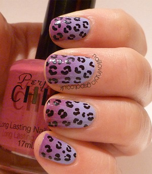 check out my guest post over at   http://cats-n-nails.blogspot.co.uk/2012/10/guest-post-by-totally-nailed.html  Inspired by Henry Holland!  xx