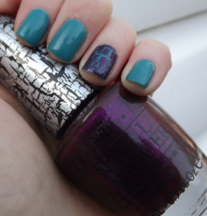 A turquosie green and deep purple with a hint of sparkle shatter