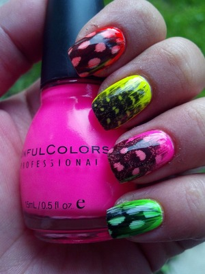 Neon Feathers. Inspired by http://www.lydiasnails.com/2012/11/feather-nail-tutorial.html
