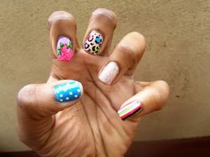 roses, cheetah, stripes, polka dots and glittttter :D