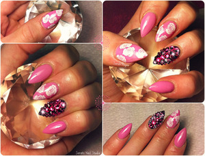 Almond shaped, roses pink gel polish and swarovski crystals <3