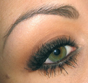 Tutorial for this look right here : http://www.youtube.com/watch?v=7_cbSFLPHGk