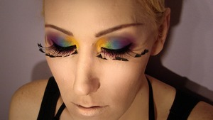 Check out my videos to see my tutorial for this look!  =)