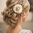 Cute hairstyle!