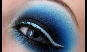 Smokey Eye with Blue liner