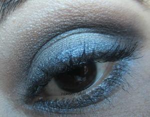 http://www.srinjla.com/2013/10/30-days-eye-makeup-challenge-day22.html#.UnW7FaWXvwI