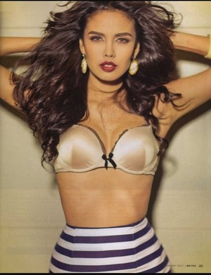 My role model, I wish I can be as good as her one day :)  Isn't she gooooorgeous?  Megan young ❤