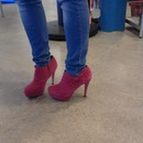 pinky shoes <3