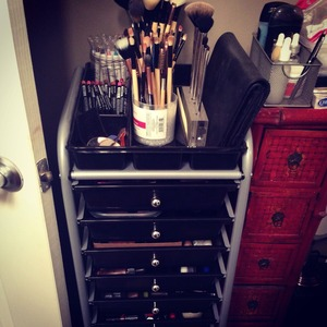 I FINALLY got my storage cart for my makeup. I feel so de-cluttered and organized, it's a huge relief. Getting ready is much more of a joy now :)) You guys can find this 10 drawer cart on Amazon!!