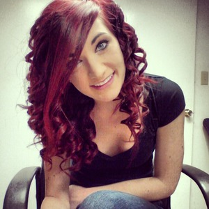 Nothing better than newly colored hair. Wish this lasted forever :p