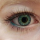 Aqua eyeliner!