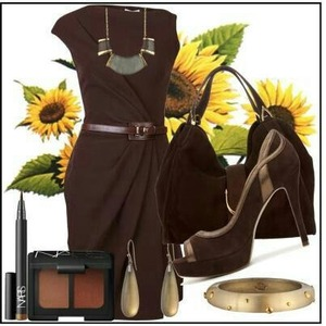 Sophisticated nice brown dress perfect for work