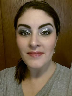 Super glittery eyes.