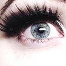 false lashes look