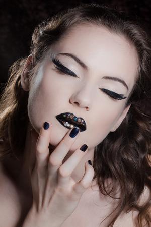 Model : Camille Photographer : François Minh Make-up & Hair : Me