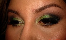 Tropical Taboo-A Smokey Green Tutorial