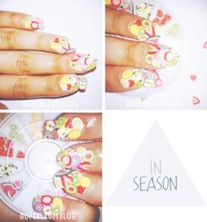season nail art.