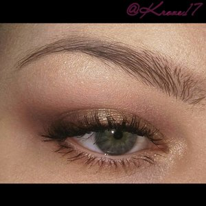 A simple bridal look using The Stila Eye Are The Windows Soul Palette. Very soft and pretty look.   #Stila #eyesarethewindows #soulpalette #Nyx #Rimmel #bridalmakeup #weddingmakeup #simplemakeup #classymakeup #eyeshadow #palettes #makeup #makeuptrends #makeuplook:#cosmetics #beauty #beautyshot #beautyproducts #instabeauty #instamakeup #Kroze17