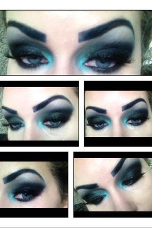 Dark green eye