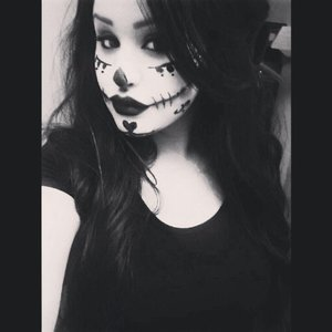 A look I did for Halloween 2013 <3