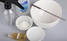 DIY Spray-On Dry Shampoo